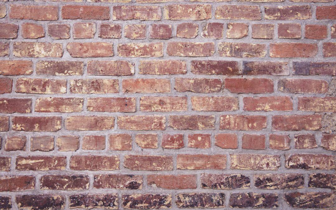 Murer: sikker håndtering af diverse opgaver i murerfaget
